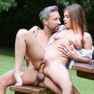 Renata Fox Gets Fucked Outdoors-10