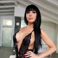 Naughty Vixen Valentina Ricci-00