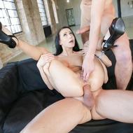 Busty Nicole Love Gets Banged-09
