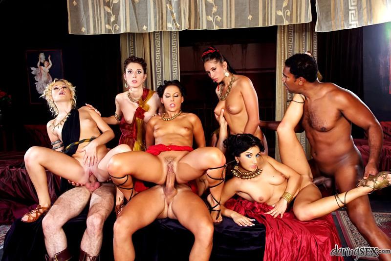 порно фильм разврат в королевстве