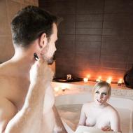 Satine Spark Having Sex In The Bathtub-03