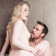 Satine Spark Having Sex In The Bathtub-09
