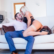 Curvy MILF Michelle Thorne Rides On A Cock-04