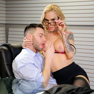 Sarah Jessie Gets Fucked By Her Boss-02