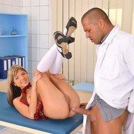 Sexy Schoolgirl Anal Sex Pics-15