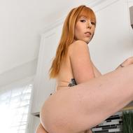 Busty Redhead Lauren-03