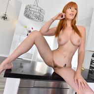 Busty Redhead Lauren-04