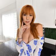 Busty Redhead Lauren-08
