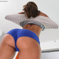Sexy Nicole Grey-02