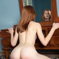 Linda Sweet Rubbing Her Pussy-09