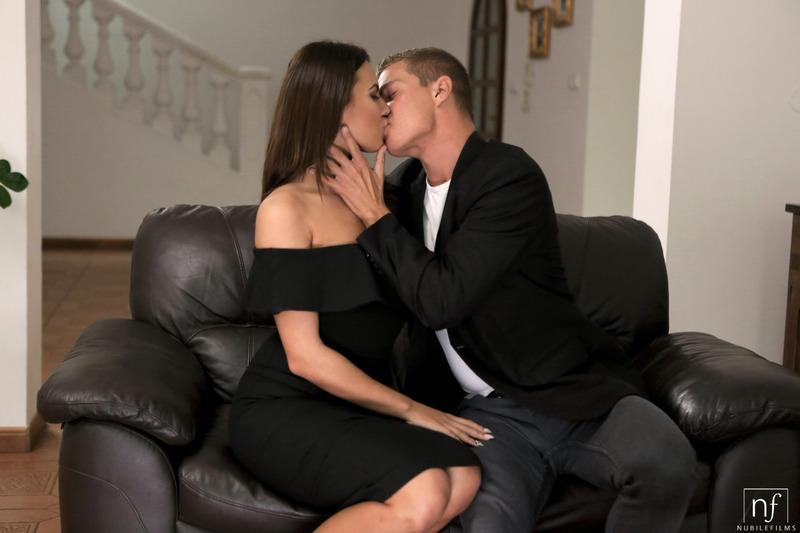 Vanessa Decker Making Love-10