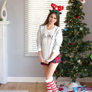 Riley Reid Enjoying The Holiday Season-00