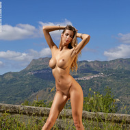 Busty Claudia Gets Naked Outdoors-09