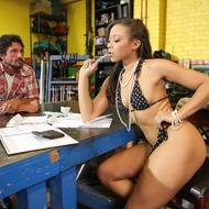 Hot Pornstar Adrian Maya Gets Pounded-00