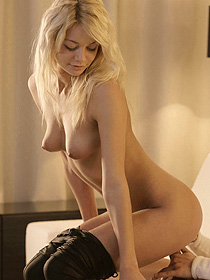 Teen Lustful Blondie