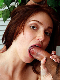Gorgeous Teen Natalie Lust Gives Blowjob
