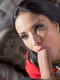 Porn Picture Featuring Anissa Kate