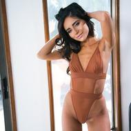 Naomi Woods-00